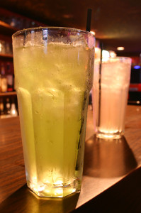 Make Long Island Iced Tea, Casa Blanca Mexican Restaurant, MA